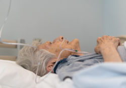 13 morts de la grippe dans une maison de retraite?